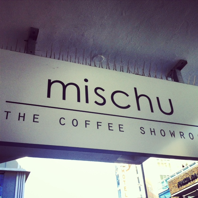 cafe mischu sign
