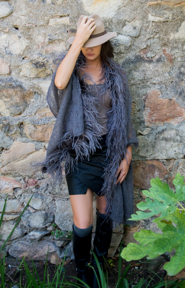 Charcoal_Feather_Lace_Shawl